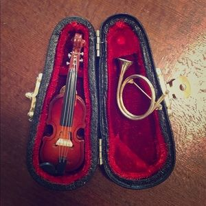 Violin Pin w/ Case & English Hunting Horn Brooch